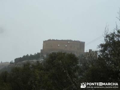Villa de Pedraza y el Cañón del Río Cega; senderismo en bilbao